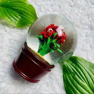 TARGET Poinsettia Merry Christmas Snow Globe